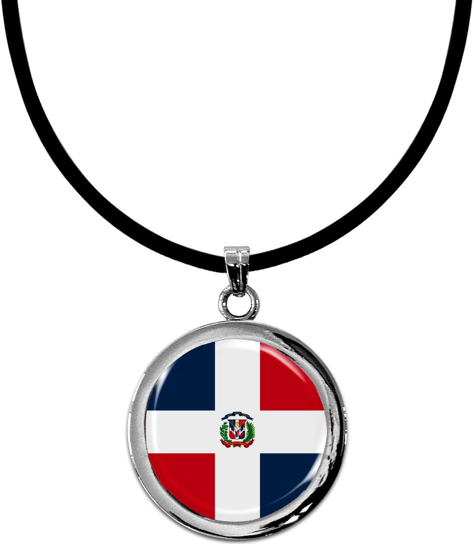 Kettenanhänger / Dominikanische Republik / Silikonband mit Silberverschluss