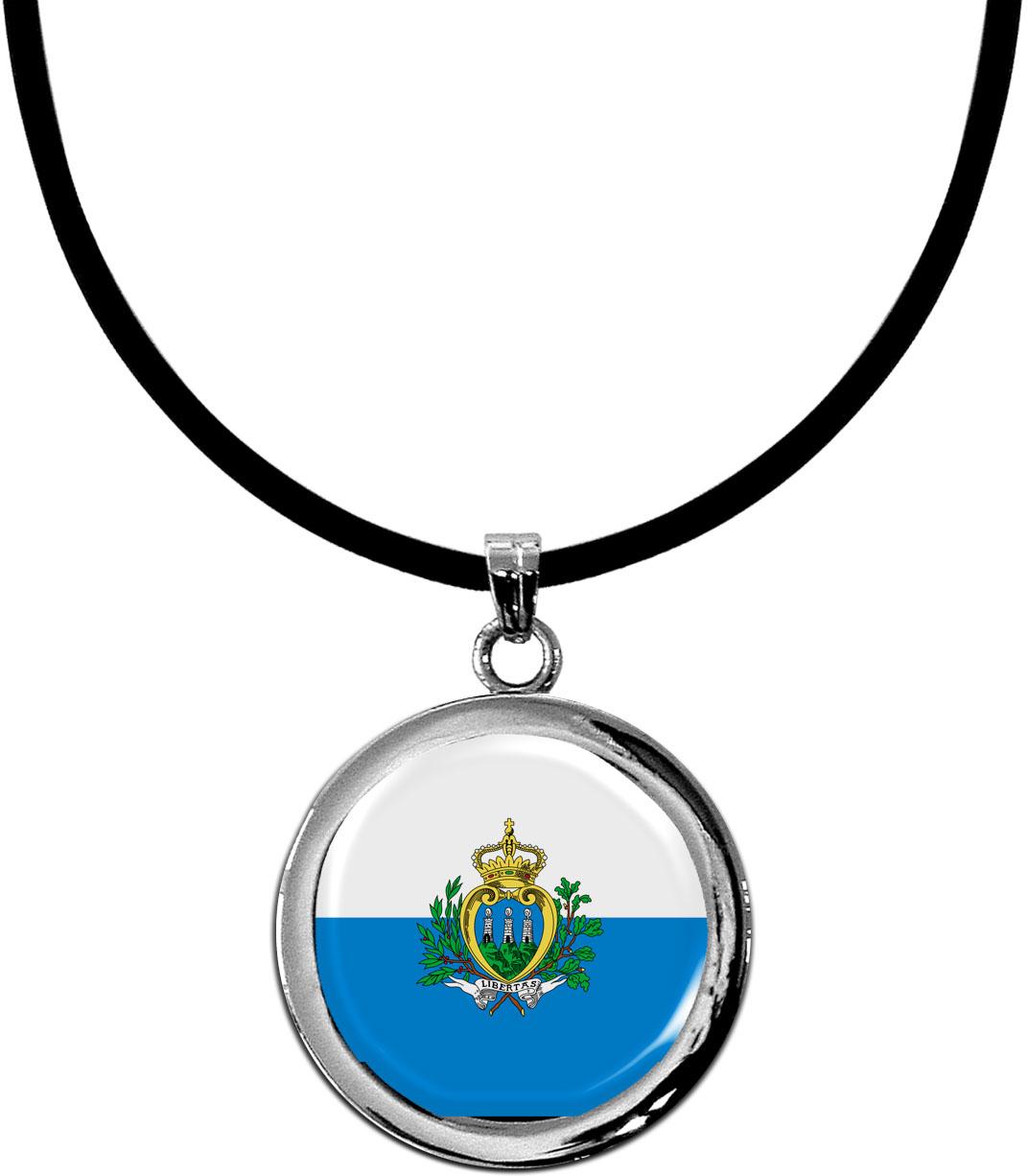Kettenanhänger / San Marino / Silikonband mit Silberverschluss